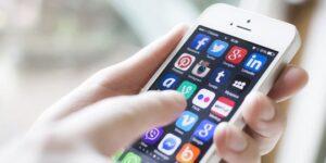 Fungsi Dari Adanya Teknologi Media Sosial Di Dunia